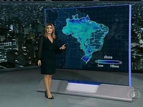 Meteorologistas alertam para o risco de novos temporais em grande parte do Brasil - Na área que vai do Amazonas a São Paulo, as pancadas vem à tarde por causa do forte calor e da alta umidade. O sul poderá enfrentar ainda raios, granizo e ventos de até cem quilômetros por hora.