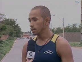 Triatleta piauiense pede apoio para participar de competições de Triatlo - Triatleta piauiense pede apoio para participar de competições de Triatlo