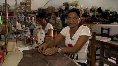 Indústrias têxteis abrem 130 vagas - Candidatas precisam ter qualificação