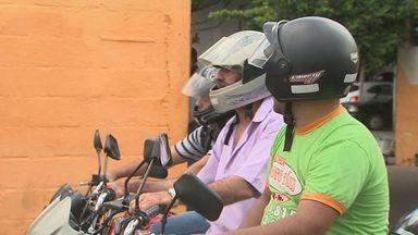 Chamada Jornal da EPTV - 22/02/2013 - Levantamento mostra que 90% das multas a motociclistas é por falta de capacete.