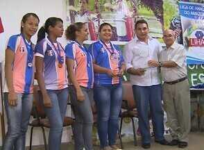 Liga de Handebol do Amazonas premia os melhores de 2012 - Na noite desta quinta-feira (21), em Manaus, a Liga de Handebol do Amazonas premiou os melhores de 2012.
