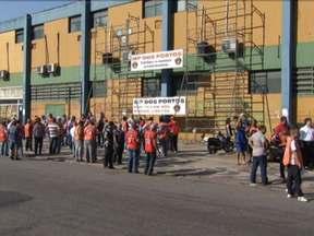 Acordo suspende greve dos portuários em todo o país - Portuários se comprometeram a não parar as atividades, se o governo também não publicar qualquer edital de licitação ou decreto na área portoária até o dia 15 de março.