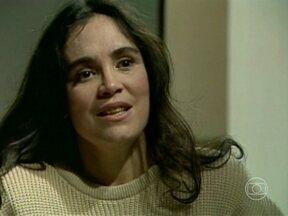 Vale Tudo: Raquel descobre todas as armações da filha - Mesmo sabendo a verdade, Odete Roitman continua aprovando a nora