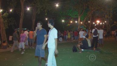 Domingo no Campus leva show e atividades gratuitas à UFPE - Gramado ficou movimentado próximo ao Centro de Ciências Sociais Aplicadas.