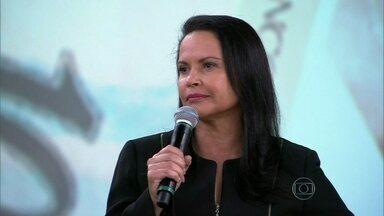 Claudia Alcântara alerta que é preciso tentar localizar o parente - Delegada diz que registro da ocorrência é fundamental para o combate ao crime