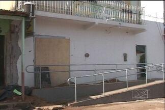 Arrombamentos de caixas eletrônico em Davinópolis deixa moradores preocupados - Em Davinópolis, a 650 km de São Luís, a onda de explosões em agências bancárias preocupa os moradores. Em seis meses, os dois bancos de Davinópolis foram alvo de explosões quatro vezes. Quem precisa dos serviços bancários tem que recorrer à Imperatri
