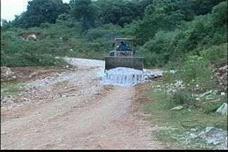 Empresários reclamam de fazer manutenção de estrada que seria de responsabilidade do DER - Órgão informou que licitação foi aberta.