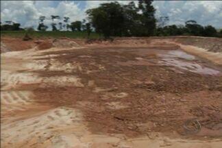 Obra em propriedade rural prejudica abastecimento de água em Sete Quedas, MS - Um produtor rural acabou preso em Sete Quedas, região sul do estado, acusado de crime ambiental. Ele foi apontado como o responsável por uma obra que prejudicou o abastecimento de água da cidade.
