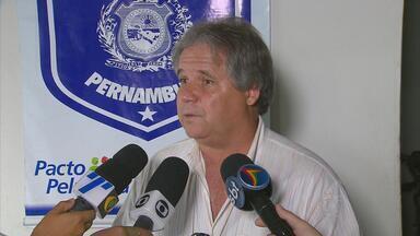 Árbitro acusado de matar goleiro em Araçoiaba diz que só queria se defender - Juiz de futebol amador foi acusado de assassinar a facadas um goleiro depois de uma discussão durante uma partida