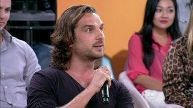Igor Rickly defende a personalidade de Alberto - Henri Castelli e Grazi também comentam o caráter do personagem