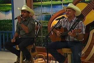 Eco do Pantanal mostra o som batidão no Meu MS - O grupo Eco do Pantanal foi criado em 2000 e toca, além da moda de viola, o vanerão e chamamé. O Eco está preparando novo CD com novidades que devem surpreender os fãs.