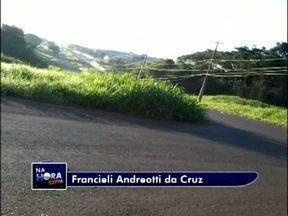 Telespectadoras registram matagal em Foz - Elas enviaram imagens para o quadro Na Hora Certa