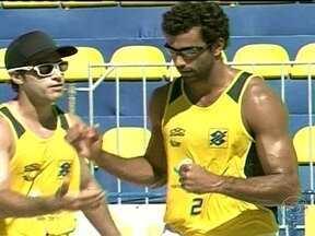Pedro Solberg e Bruno Schmidt faturam título do Circuito Brasileiro de Vôlei de Praia - Em Maceió, dupla garantiu a conquista, depois de vencer a grande maioria das etapas da competição.