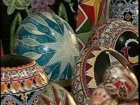 Pêssankas são presentão na Páscoa - Os ovos pintados são cheios de detalhes