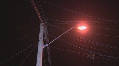 Moradores do grande Vitória reclamam da falta de iluminação pública nas ruas do bairro - Os moradores temem a assaltos.