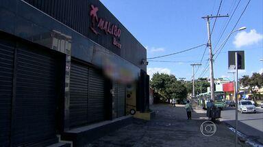 Dois jovens são mortos na porta de casa de shows em Belo Horizonte - Uma jovem de 18 anos ficou ferida e foi levada para o hospital.