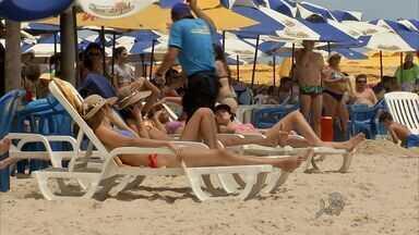 Três feriados em 15 dias prometem praias lotadas - Comerciantes esperam aumentar as vendas.
