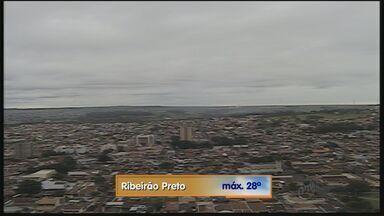 Confira como fica o tempo nesta sexta-feira (22) em Ribeirão Preto - Temperatura máxima prevista é de 28ºC.