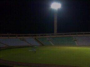 A poucos dias da abertura da Copa do Brasil, Estádio Albertão segue sem reformas - A poucos dias da abertura da Copa do Brasil, Estádio Albertão segue sem reformas