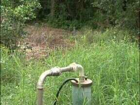 Moradores de comunidade de Beltrão adotam medidas de economia de água - Depois que poços artesianos secaram, saída será recuperar nascentes