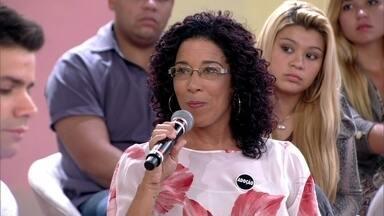 Professora já foi agredida por uma mãe - Andrea Ramal conta como diminuir a violência nas escolas