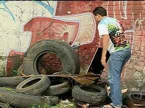 Aumenta o número de cidades com epidemia de dengue - O número de cidades que enfrentam uma epidemia de dengue subiu de 35 para 42. O dado foi divulgado na terça-feira (26), pela Secretaria Estadual de Saúde. Estima-se que 50% dos focos estão nas casas.