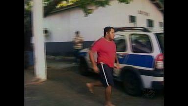 Presos em delegacias no Ceará são transferidos para novo presídio - Delegacias estavam superlotadas.