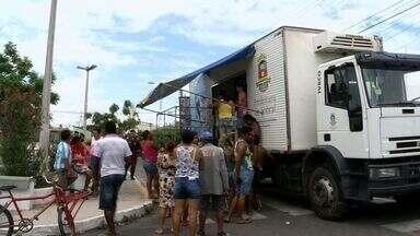 Em Sobral, prefeitura vende peixe mais barato na véspera da Semana Santa - Peixe é vendido em mercado ambulante.