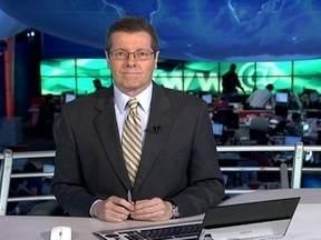 JN: Veja as principais novidades da nova lei que regula o trabalho doméstico - Em Brasília, novo bate-boca em reunião da Comissão de Direitos Humanos da Câmara, que teve até ameaça de prisão para um manifestante.