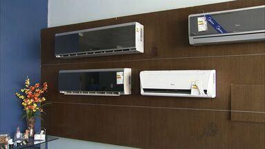 Calor em Fortaleza aumenta venda de ar-condicionado - Comércio do produto normalmente é aquecido em dezembro.