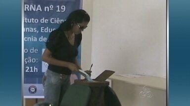 Professores e técnicos votam para escolher novo reitor da Ufam - Pleito reuniu cerca de 35 mil pessoas em Manaus e nas cinco unidades acadêmicas da Ufam no interior