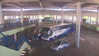 Terminal Integrado de Passageiros registra movimento intenso - Busca por destinos em Pernambuco e em outros estados do Nordeste devem aumentar nesta quinta-feira.