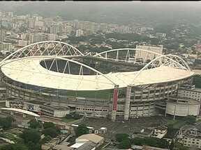 Engenhão é monitorado desde que ficou pronto - O consórcio responsável pela obra no estádio do Engenhão, no Rio de Janeiro, revelou que, durante a montagem da cobertura, a estrutura teve um deslocamento maior do que o previsto.