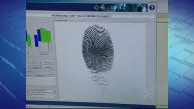 Cadastramento biométrico começa nesta segunda-feira em Ariquemes - Para usar o novo sistema, técnicos do Tribunal Regional Eleitoral participaram de um treinamento.