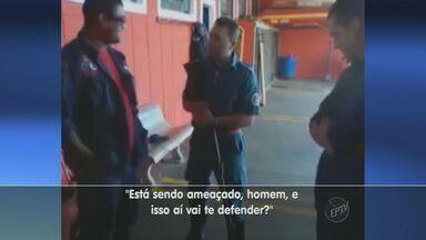 Vídeo na internet mostra bombeiros de Sumaré brincando com arma em horário de trabalho - Vídeo na internet mostra bombeiros de Sumaré brincando com arma em horário de trabalho