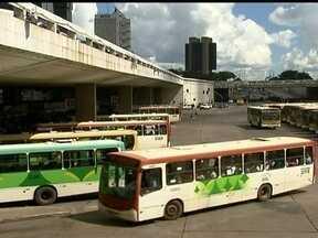Empresa de Curitiba vai operar no transporte público do DF - Uma empresa de Curitiba vai operar parte do sistema de ônibus em Taguatinga, Ceilândia e Guará. A Secretaria de Transportes anunciou que a Autoviação Marechal, que nunca operou no DF, vai assumir a Região 4.