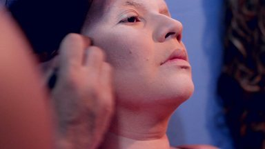 Silvia Resende confere o lançamento do filme Jéssica Cristopherry - O filme mostra a dificuldade de uma mulher em se transformar em travesti