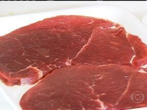 Falta de ferro no organismo causa anemia - O Engenheiro de Alimentos, Guilherme Rodrigues, explica a importância do ferro e da vitamina C. Segundo o doutor, o alimento mais completo para a absorção do ferro é a carne.