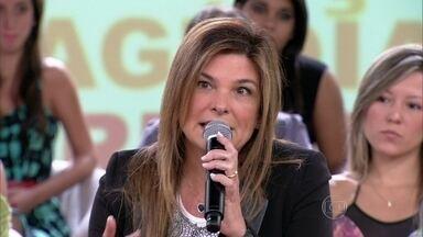 Cristiana Oliveira diz que aprendeu sobre os tabus fora de casa - Atriz conta que tem um diálogo aberto com as filhas sobre todos os temas