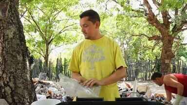 Ex-usuário de droga vira catador de lixo e mantém projeto para ajudar viciados - Conheça mais essa história do Nosso Ceará.