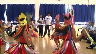 ALTV na Sala de Aula: alunos do Colégio Marista mostram dança, teatro e muito aprendizado - Tema do projeto desse ano é Juventude