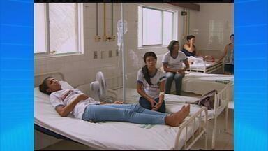 Alunos passam mal após comer merenda em escola do Agreste de PE - Cerca de 30 estudantes foram socorridos e levados para o hospital de Cachoeirinha.