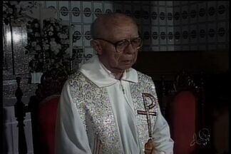 Cearenses homenageiam padre Antônio Vieira - Ele morreu há dez anos.