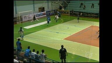 Futsal: Minas tem reação fantástica e empata partida em 7 a 7 - Time mineiro chegou a estar perdendo por 7 a 2 o jogo em Santa Catarina com o Florianópolis