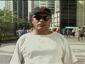 Documentário sobre Tim Lopes estreia em Paris - O repórter da Rede Globo foi assassinado em 2002 por traficantes do Rio de Janeiro. O filho de Tim, Bruno, participou da produção do filme.