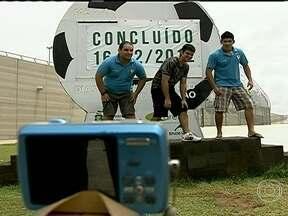 Ceará e Pernambuco têm novos estádios para a Copa das Confederações - A nova Arena Castelão levou dois anos de reforma e foram gastos R$ 518 milhões. Ela é o maior estádio do Norte e do Nordeste da Copa das Confederações. Já a Arena Pernambuco, em São Lourenço da Mata, foi construída do zero e em tempo recorde.