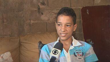 Menino atropelado em calçada é liberado de HC de Ribeirão Preto, SP - Menino teve pé amputado. Motorista responde em liberdade por omissão de socorro, fuga do local e falta de habilitação.