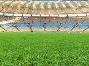 Técnico da seleção brasileira visita o novo Maracanã - O Maracanã ganhou tons de bandeira nacional após sua reforma para as Copas do Mundo e das Confederações. O técnico Luiz Felipe Scolari acompanhou os últimos retoques do estádio, que será inaugurado no sábado (27).