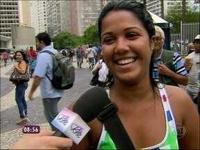 Nas ruas, povo fala o que pensa sobre as sogras - Genros e noras mandam recados