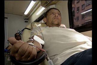 Hemopa está em busca de doadores de sangue - Nesta quinta-feira (2), ônibus estava no início da avenida Presidente Vargas.